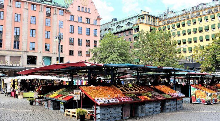 Suécia pondera medidas inéditas face ao aumento de casos de covid-19 em Estocolmo